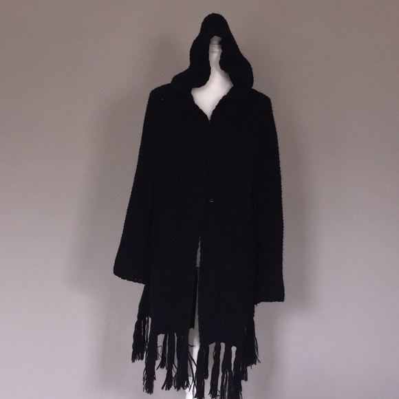 Jackets & Blazers - Hooded knit jacket with fringes NWT